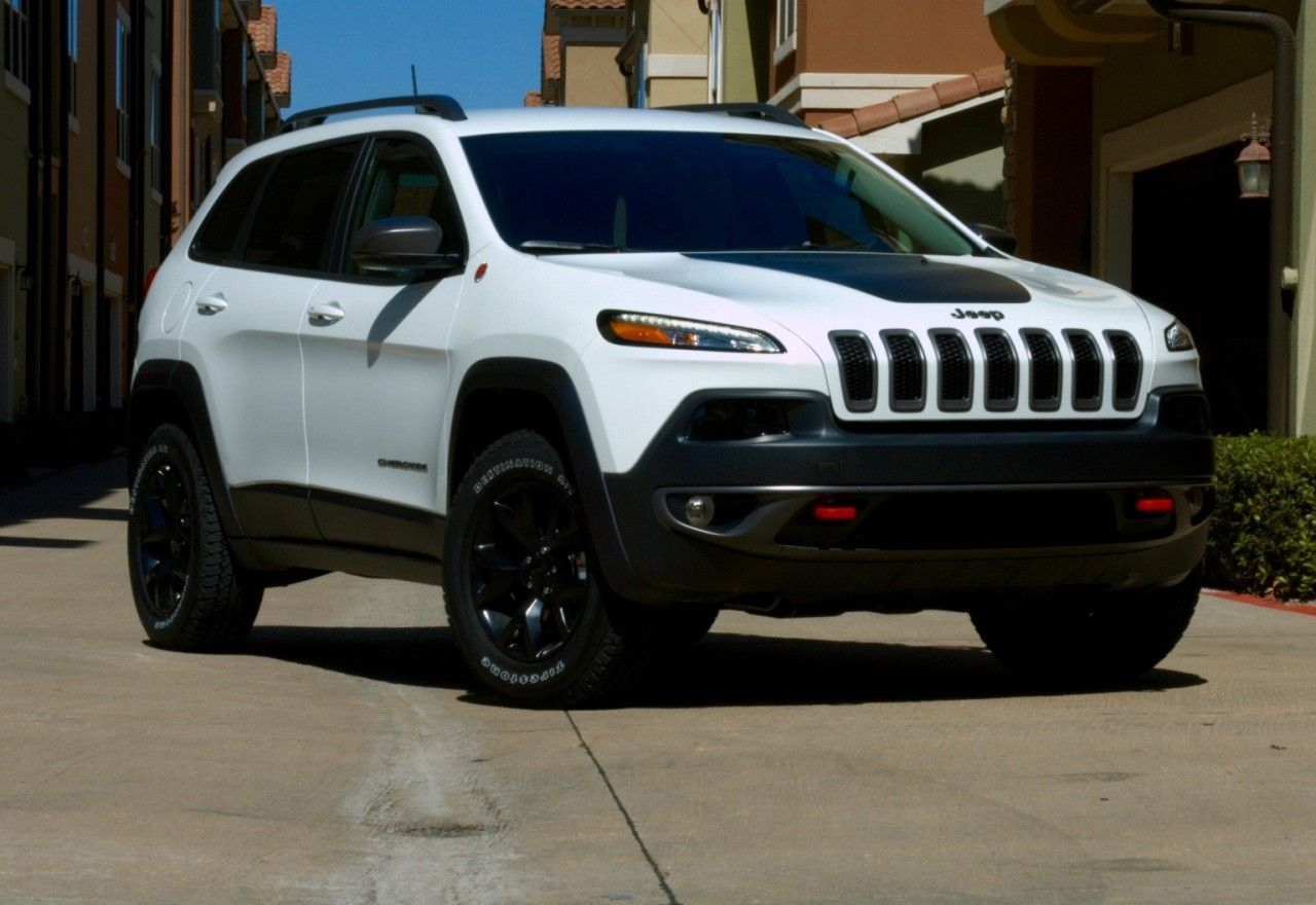 2016 Jeep Cherokee Trailhawk Confused About What To Buy Call 1 800 Car Show For A Product Speciali Jeep Cherokee Trailhawk Cherokee Trailhawk Jeep Cherokee