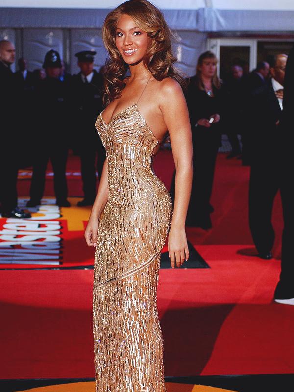 Beyoncé  ebb758e08657