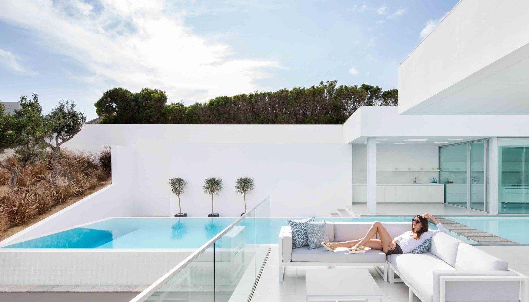 Salon De Jardin Design Luxe Avec Confortable Mobilier De ...