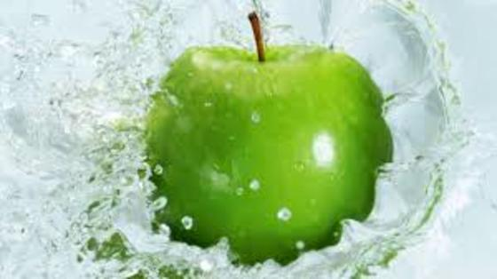 Pyrus Malus Apple Fruit Extract One Of The Top 20 Fruits That Have The Most Anti Oxydant Attribute According To Usda This Fruit Wallpaper Fruit Green Apple