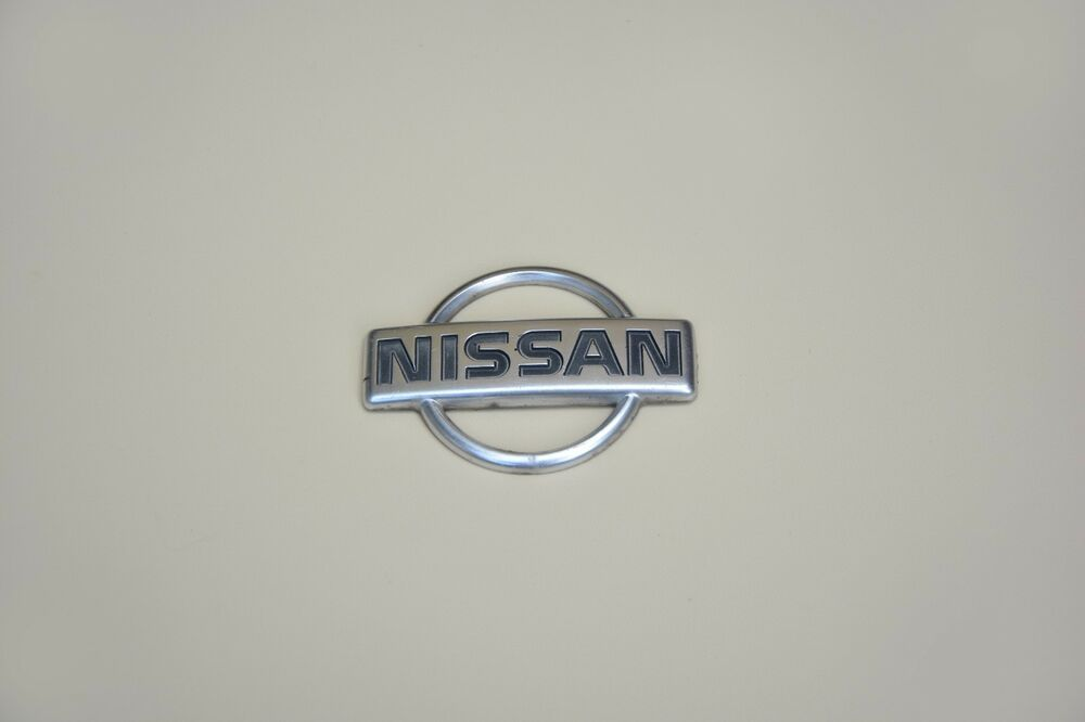 ORIGINAL NISSAN EMBLEM LOGO CROME BADGE Parts in 2019