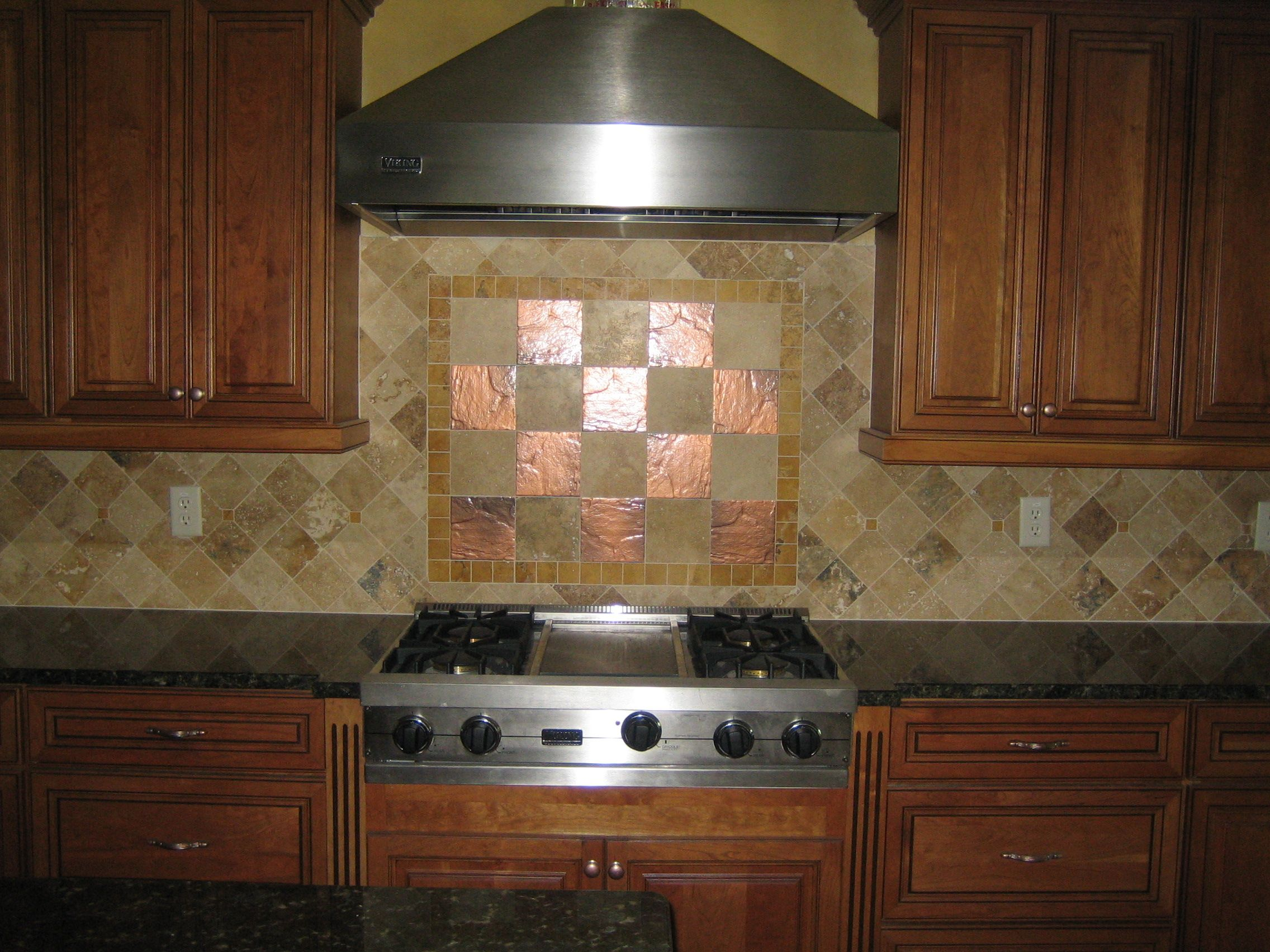kitchen backsplash with copper tiles for the home