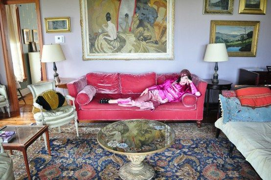 Pink velvet sofa, traditional rug, living room. | Living Room ...