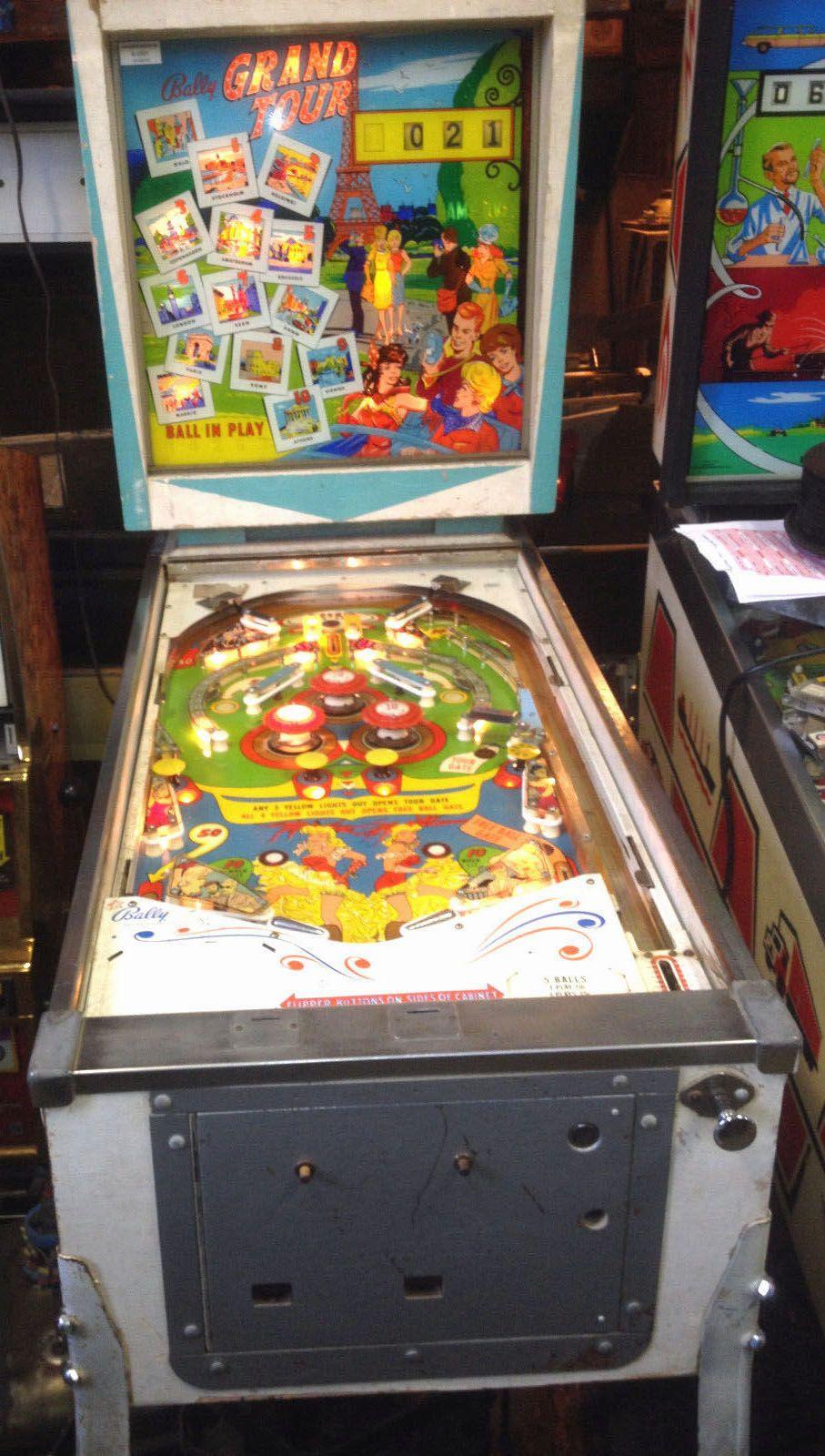 """1964 Grand Tour """"Bally""""Pinball Machine"""