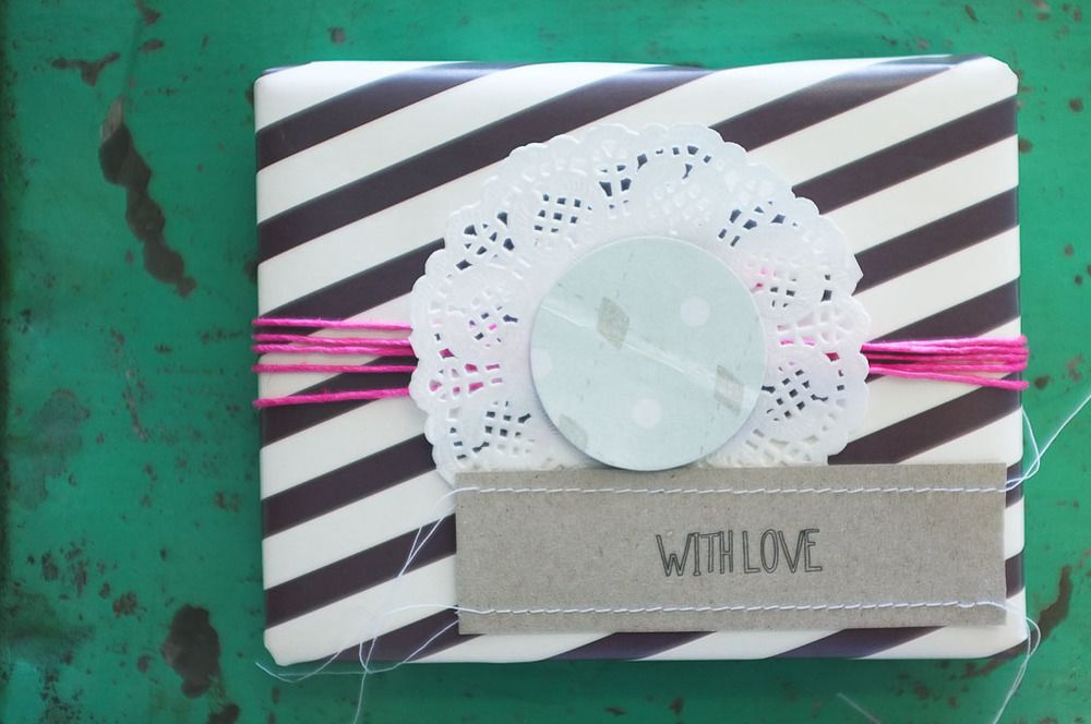 The Lovely Bird #wrapping #packaging #doily #stripe #twine #gift
