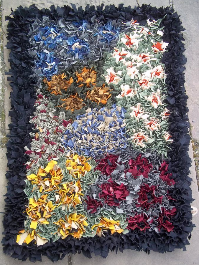 Flower Proddy Ii After A Visit To Farfield Mill In Yorkshire I Too Have Become Fan Of Rag Rugging Had Go At Sample Piece And Decided