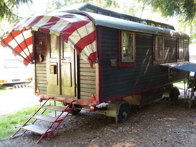 atelier f r architektur zirkuswagen zirkuswagen bauwagen sheperds hut gypsy waggon. Black Bedroom Furniture Sets. Home Design Ideas