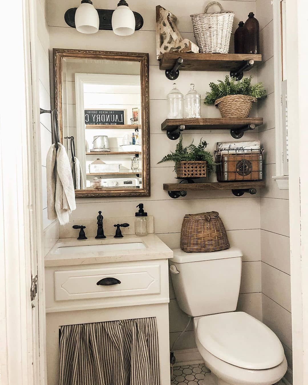 """Photo of Farmhouse Charm 🏡 on Instagram: """"What do you think of this farmhouse bathroom? We love all the little decor pieces! 😍 Do you put any decorations in your bathrooms? 👀 TAG a…"""""""