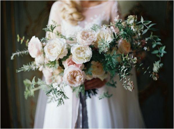 Wedding in ancient style 02 1001weddings.com