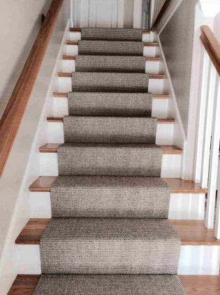 Best Textured Carpet On Stairs Berber Carpet On Stairs 640 x 480