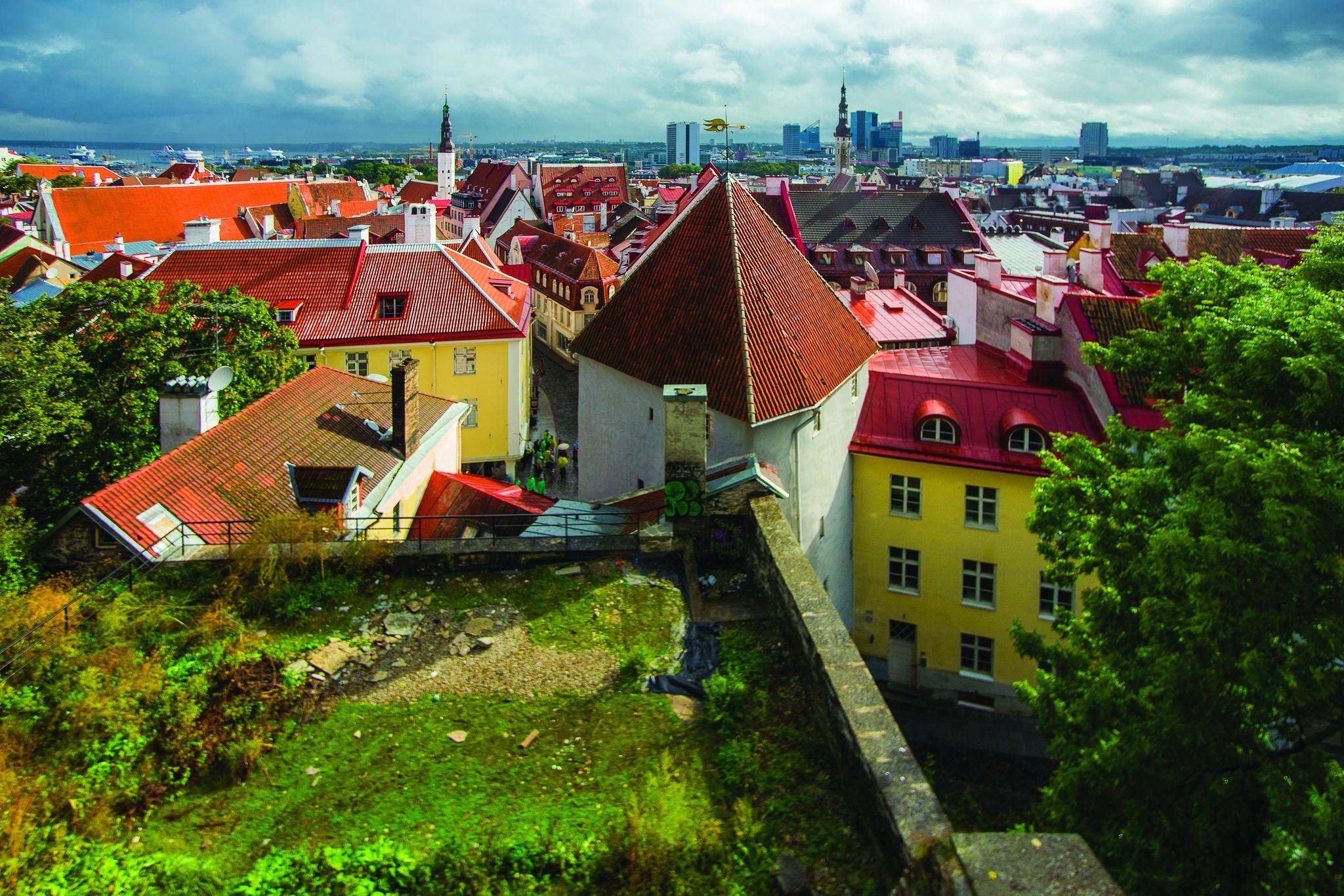 https://flic.kr/p/Gx83FH | Tallinn Old Town | Photo by Mats Õun