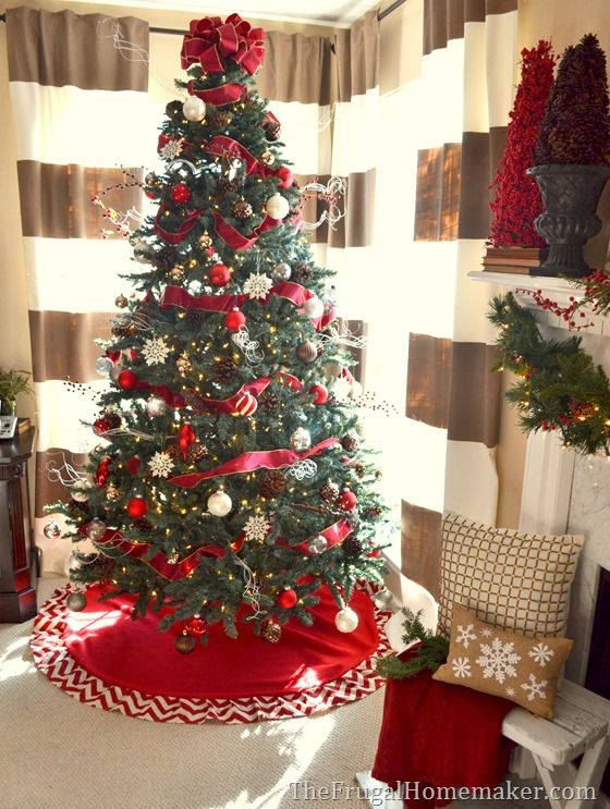 Red And White Christmas Tree With Natural Elements Christmas Holiday Inspiration Christmas Holiday Christmas Tree