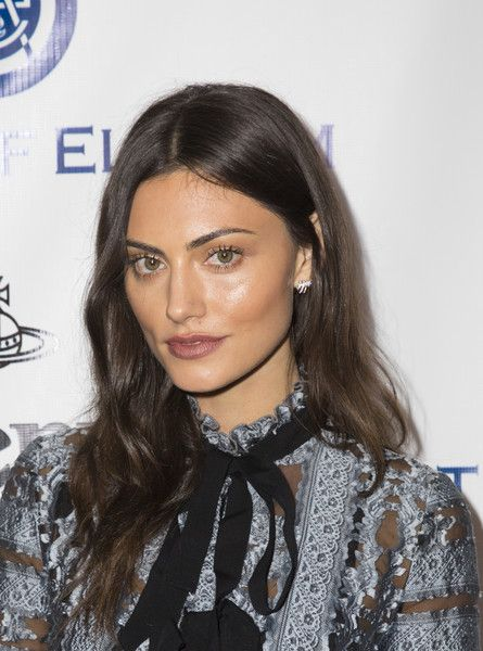 Phoebe Tonkin Photos Photos - Actress Phoebe Tonkin attends The Art of Elysium 2016 HEAVEN Gala presented by Vivienne Westwood & Andreas Kronthaler at 3LABS on January 9, 2016 in Culver City, California. - The Art of Elysium Presents Vivienne Westwood & Andreas Kronthaler's 2016 HEAVEN Gala - Arrivals