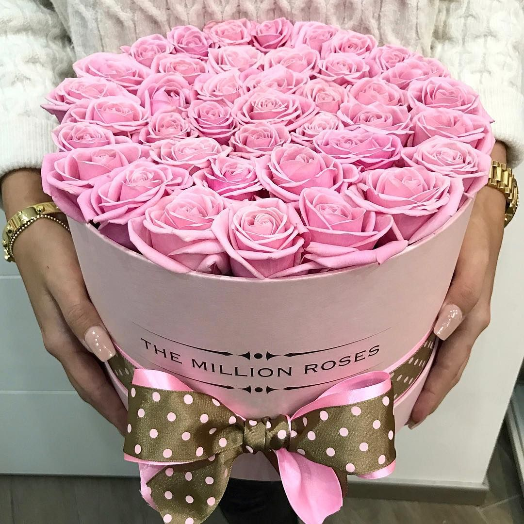 The Million Roses Na Instagramie Themillionroses Bouquet Box Beautiful Bouquet Of Flowers Birthday Flowers