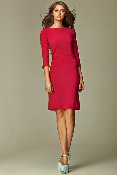ac6b5ac1d072 Šaty Nife Nicole Bordo V jednoduchosti je krása a platí to i u tohoto  modelu. Elegantní šaty ve vínové barvě si oblíbíte na první obléknutí.
