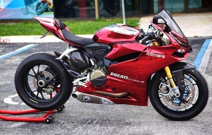 Chrome And Burgundy 1199 Ducati 916sps Fb Ducati Panigale