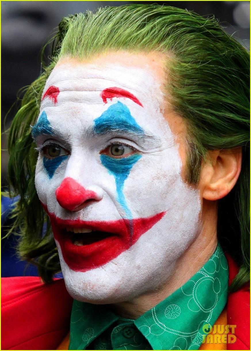 Joker Joaquin Phoenix Ecosia Joker Film Joker Makeup Joker Wallpapers