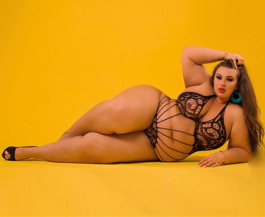 Sara Underwood lesbo porno