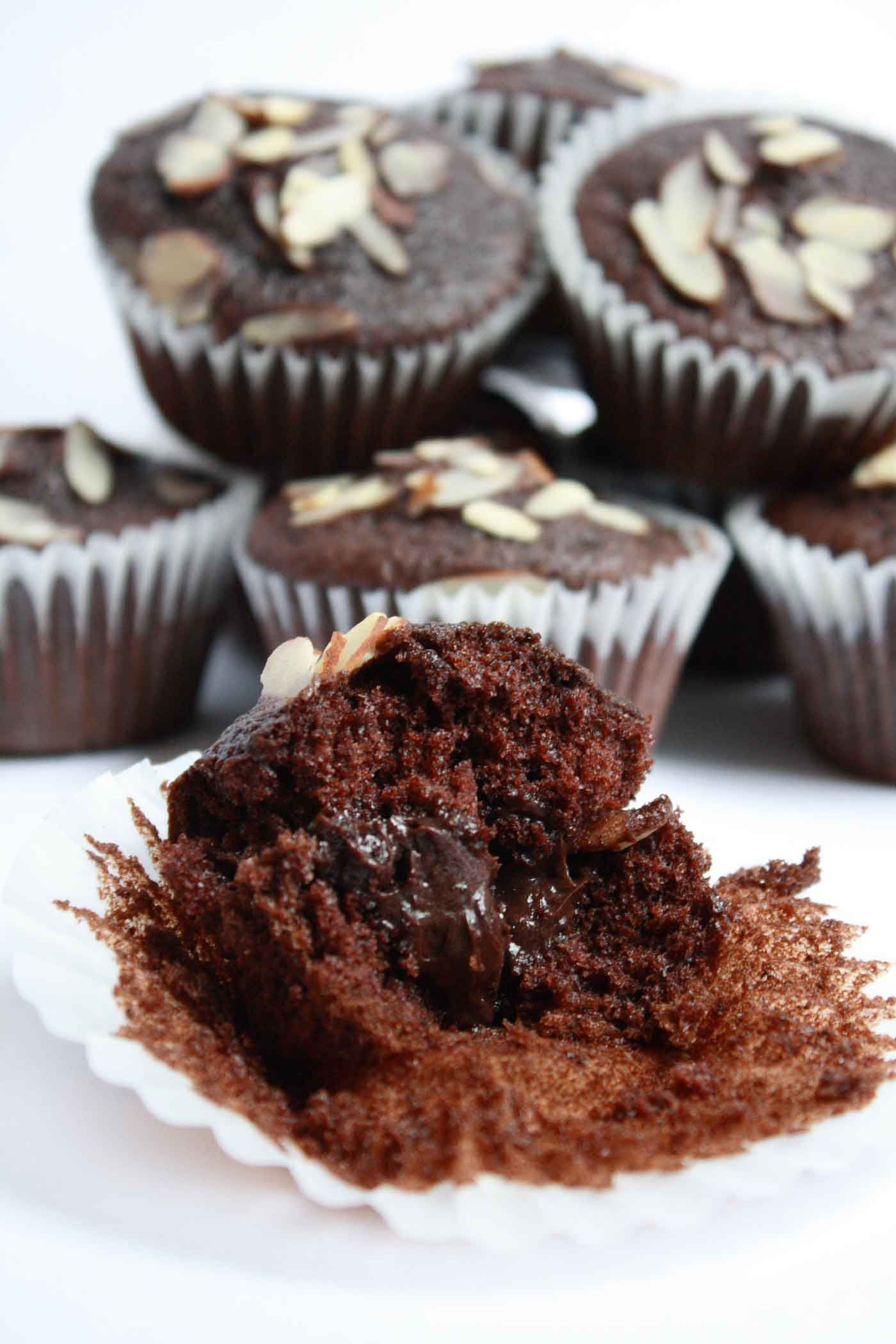 chocolate filled cupcakes
