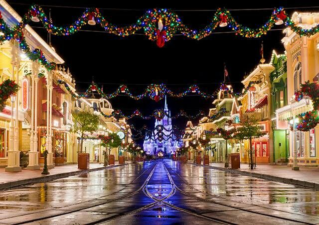 Christmas Magic WDW | Disney <3 | Pinterest