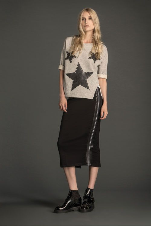 Trending Now: capsule collection easy to wear > http://www.imperialfashion.com/scheda-M03TQOFAS-D-M-1-0