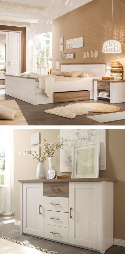 Schlafzimmer mit Kommode und Bett im LandhausDesign