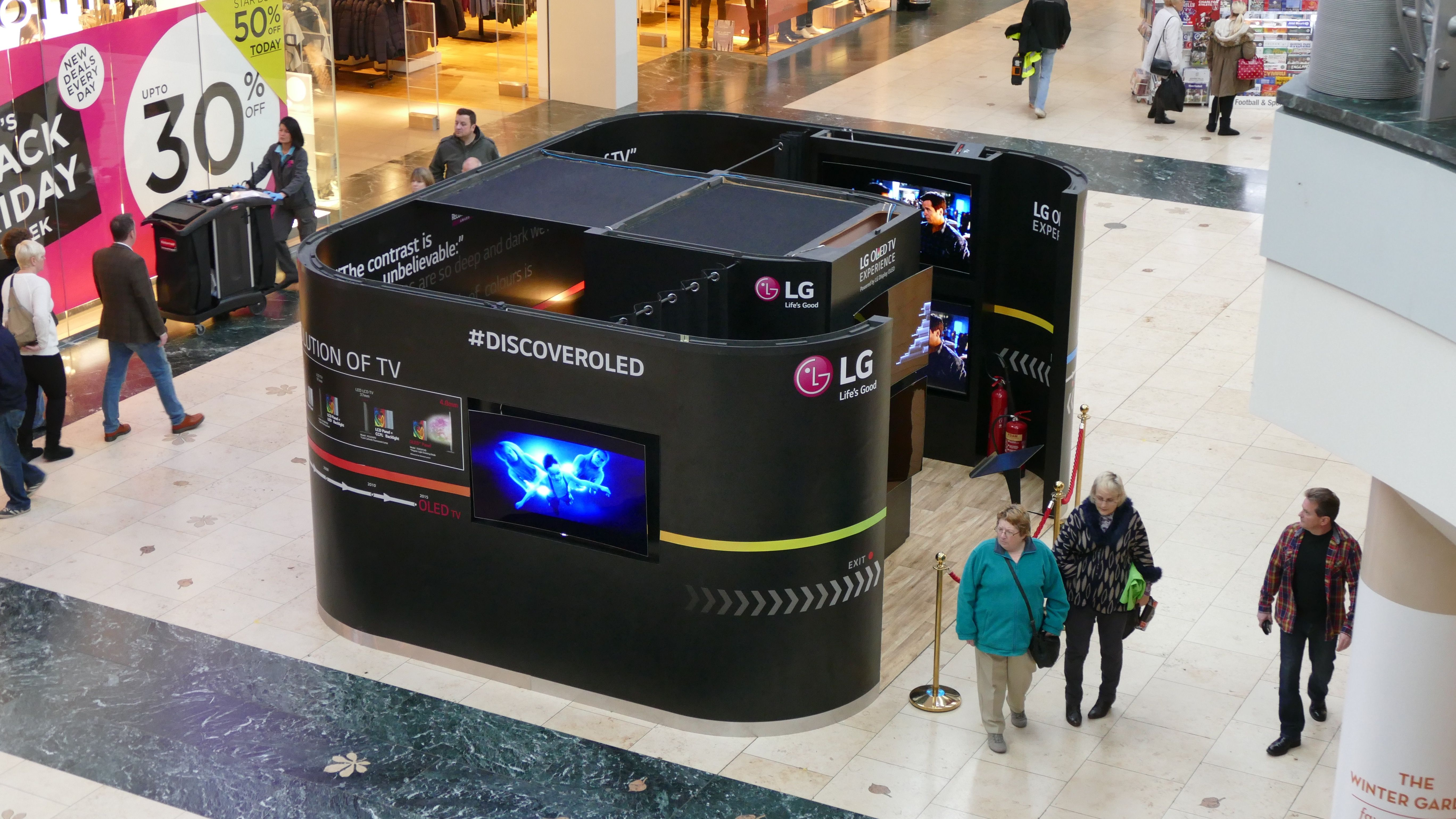 LG Roadshow pod, complete with 7 LG OLED TV screens, toured