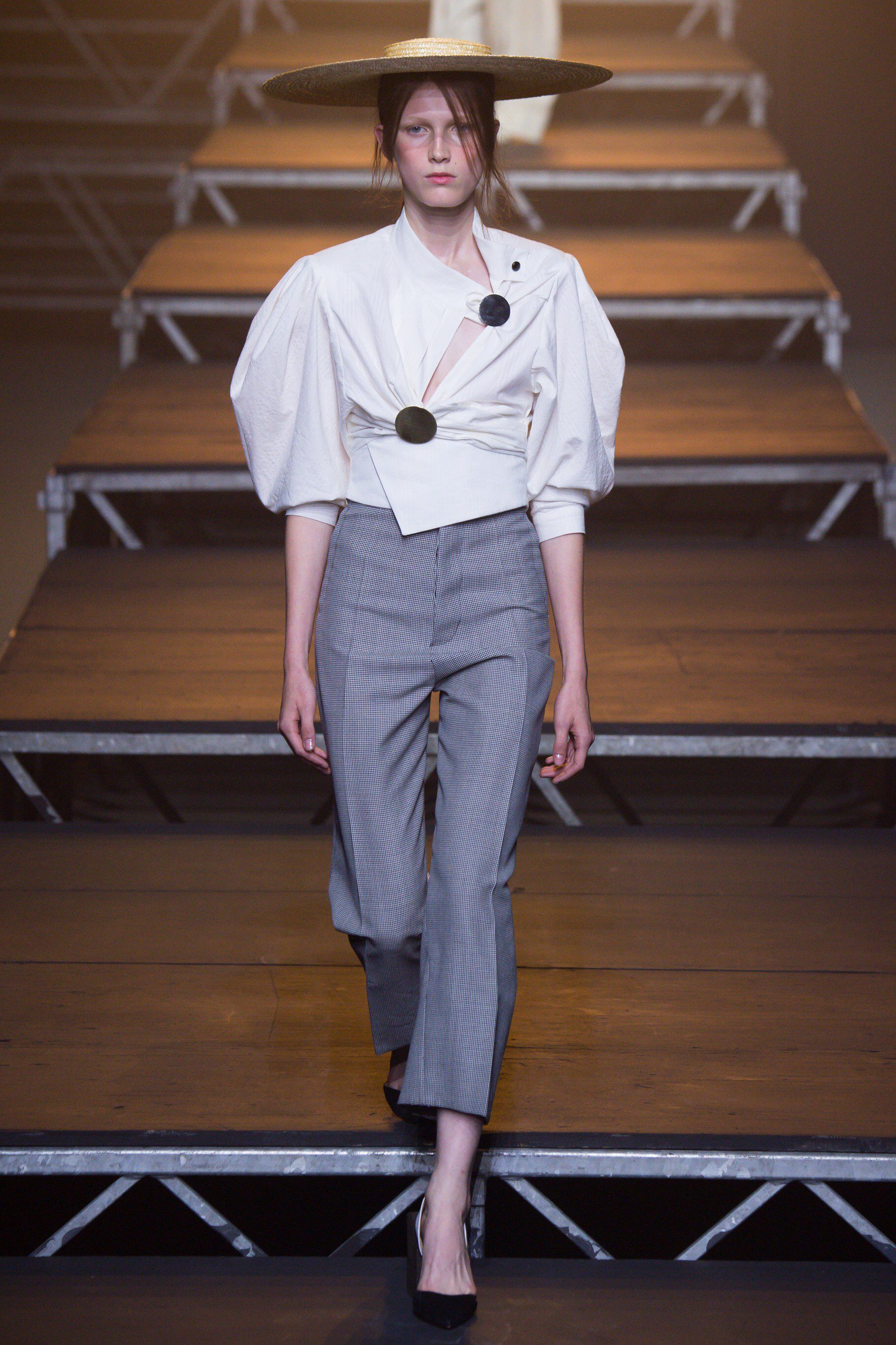 Jacquemus - Spring 2017 Ready-to-Wear