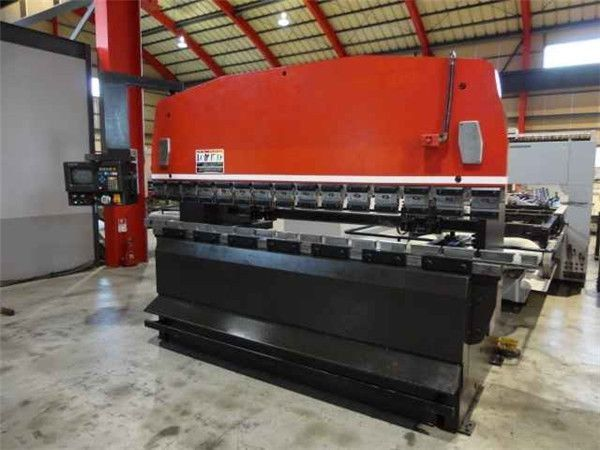 Best Sheet Metal Machinery Manufacturer Cnc Press Brake Shearing Machine For Sale Accurl Cnc Press Brake Press Brake Metal Bending
