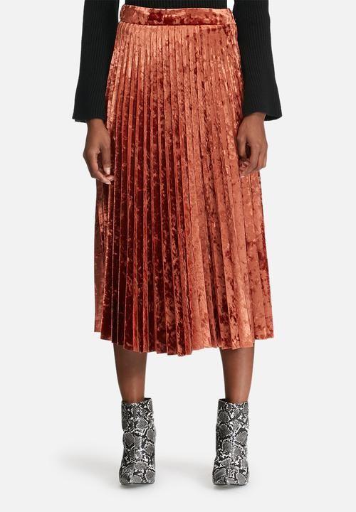 68d700eb3b67 Velvet pleated midi skirt - copper dailyfriday Skirts | Superbalist.com