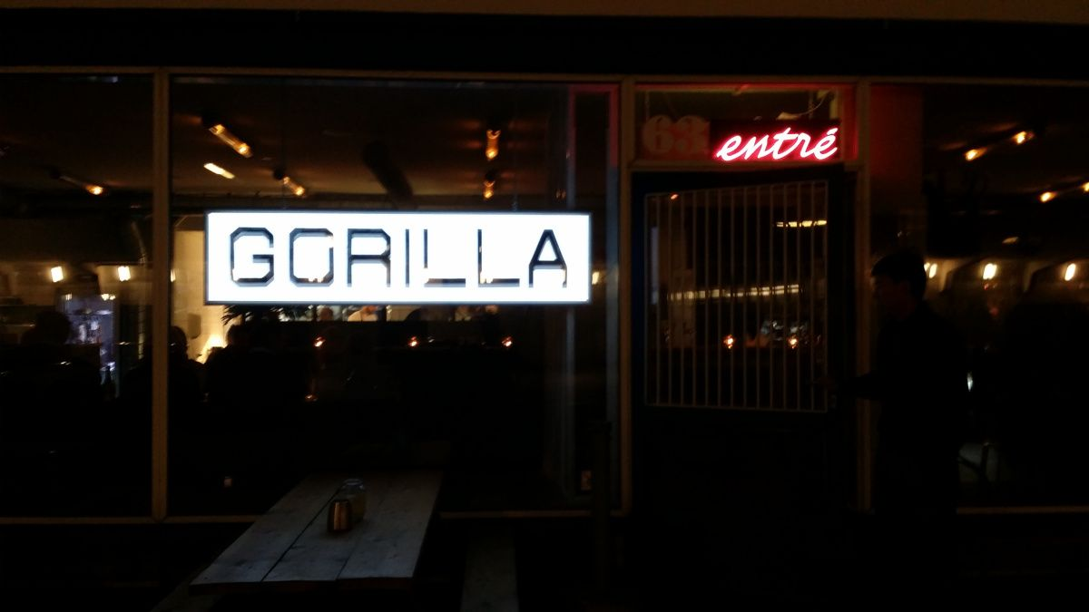 Gorilla at kodbyen online dating
