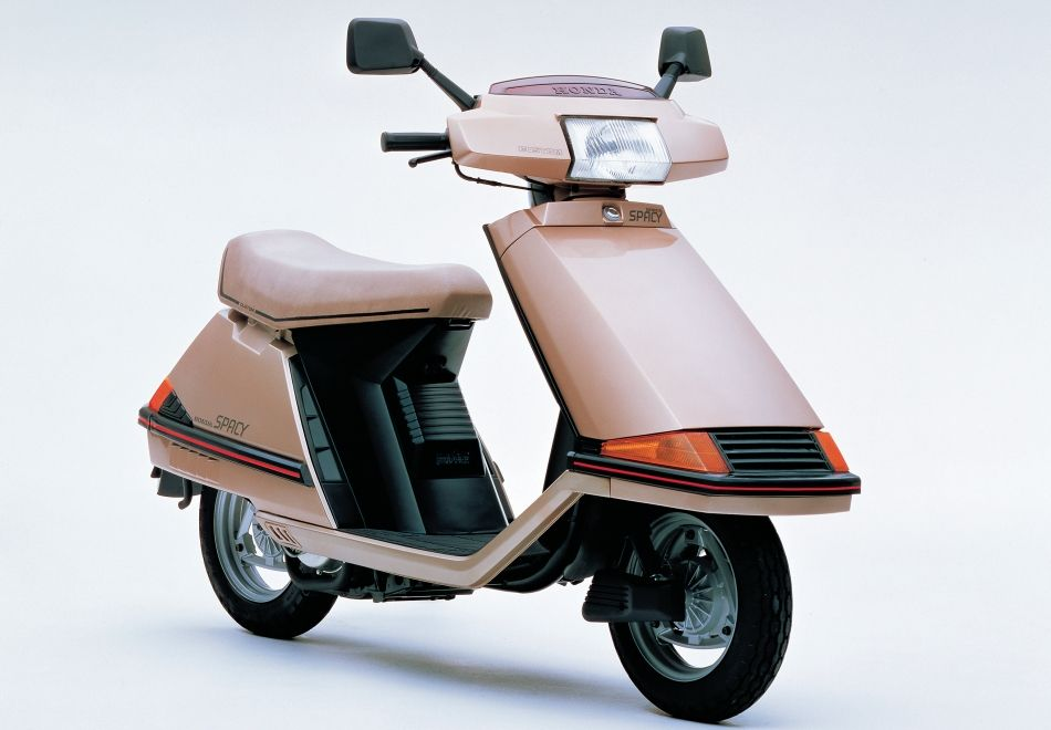 honda spacy custom type 1982 50cc scooters honda. Black Bedroom Furniture Sets. Home Design Ideas