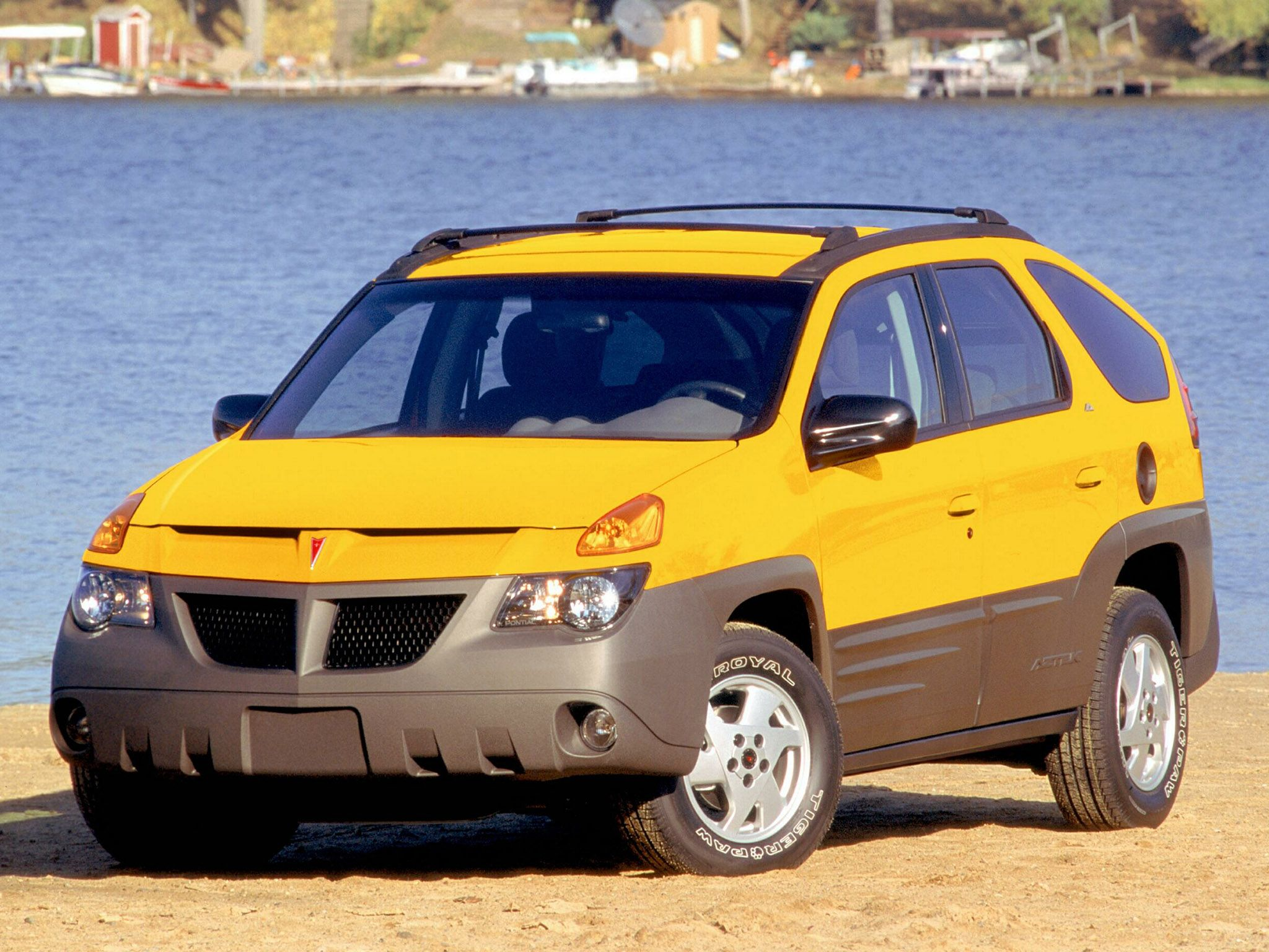 Pontiac aztek 2001 gm wanted to create a hip cool suv for young people