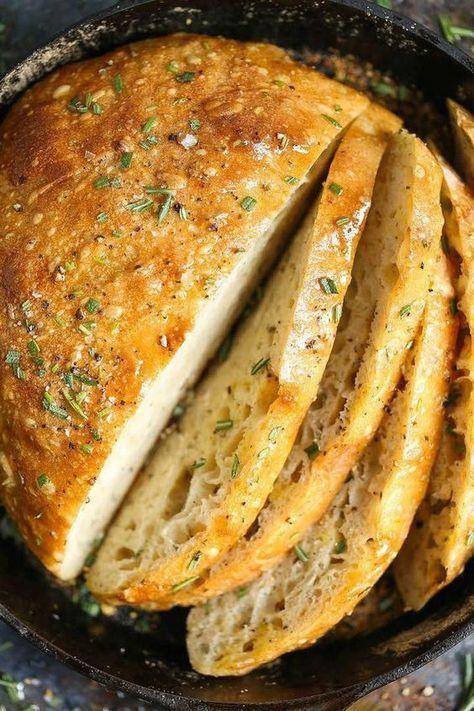 No Knead Rosemary Bread – Ein grundlegendes, FOOLPROOF hausgemachtes Brotrezept hier! Jedermann … –