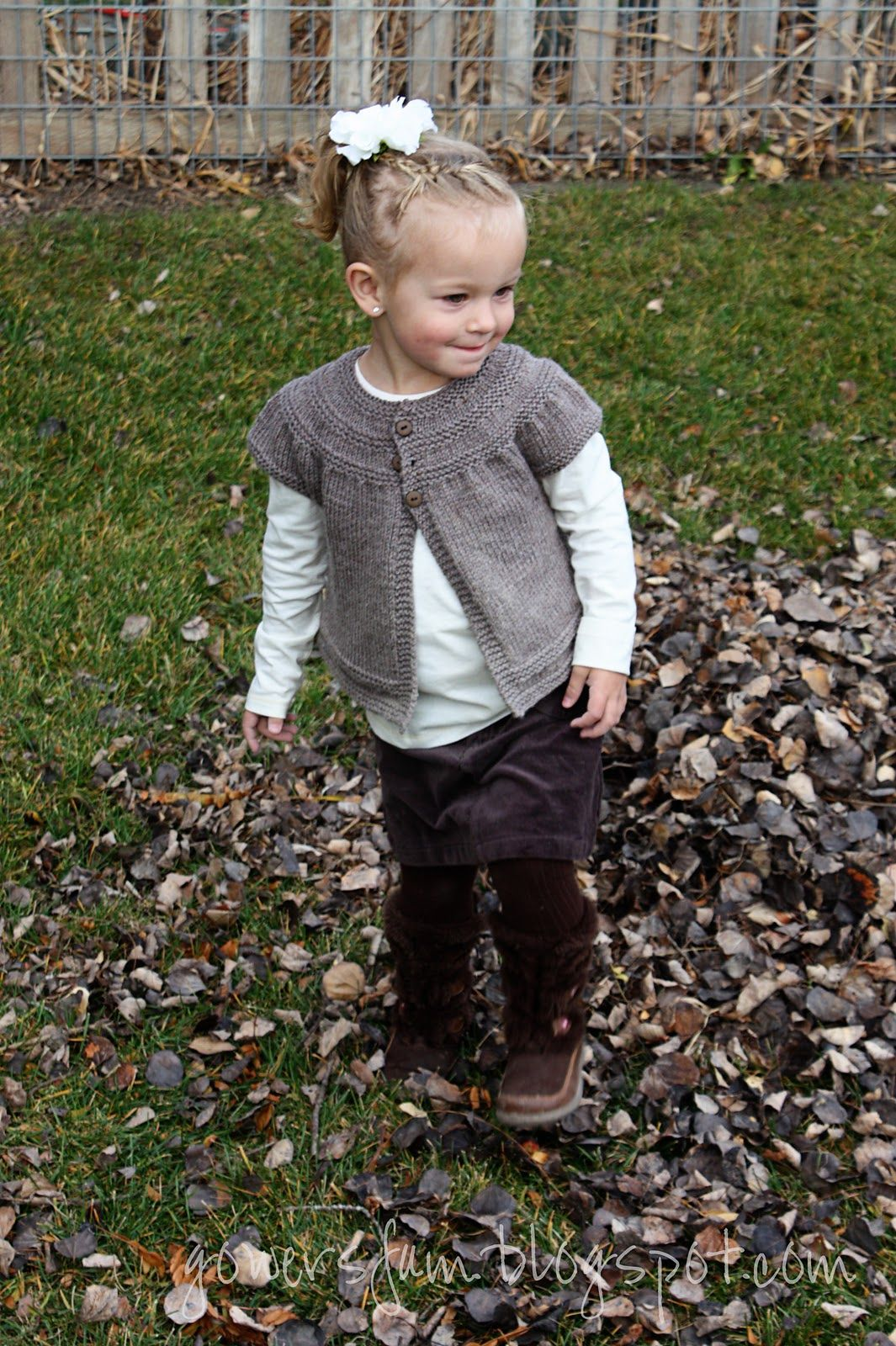 cbfd8f2c07083 Ravelry  in threes  a baby cardigan pattern by Kelly Herdrich
