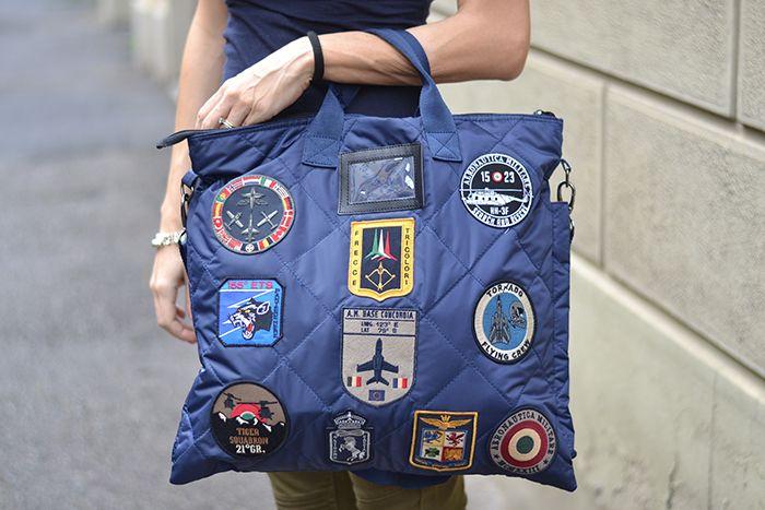 borsa con patches Areonautica Militare