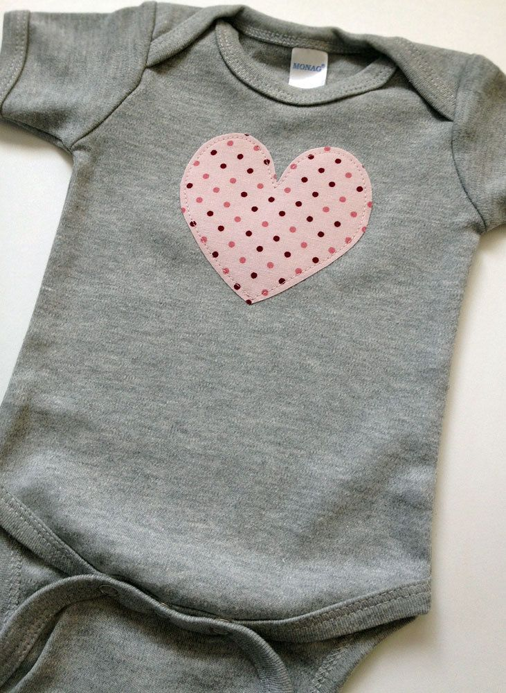 50a63ab2d366 Newborn Baby Girl Clothes    Heart Bodysuit    Size 0-3 Months ...