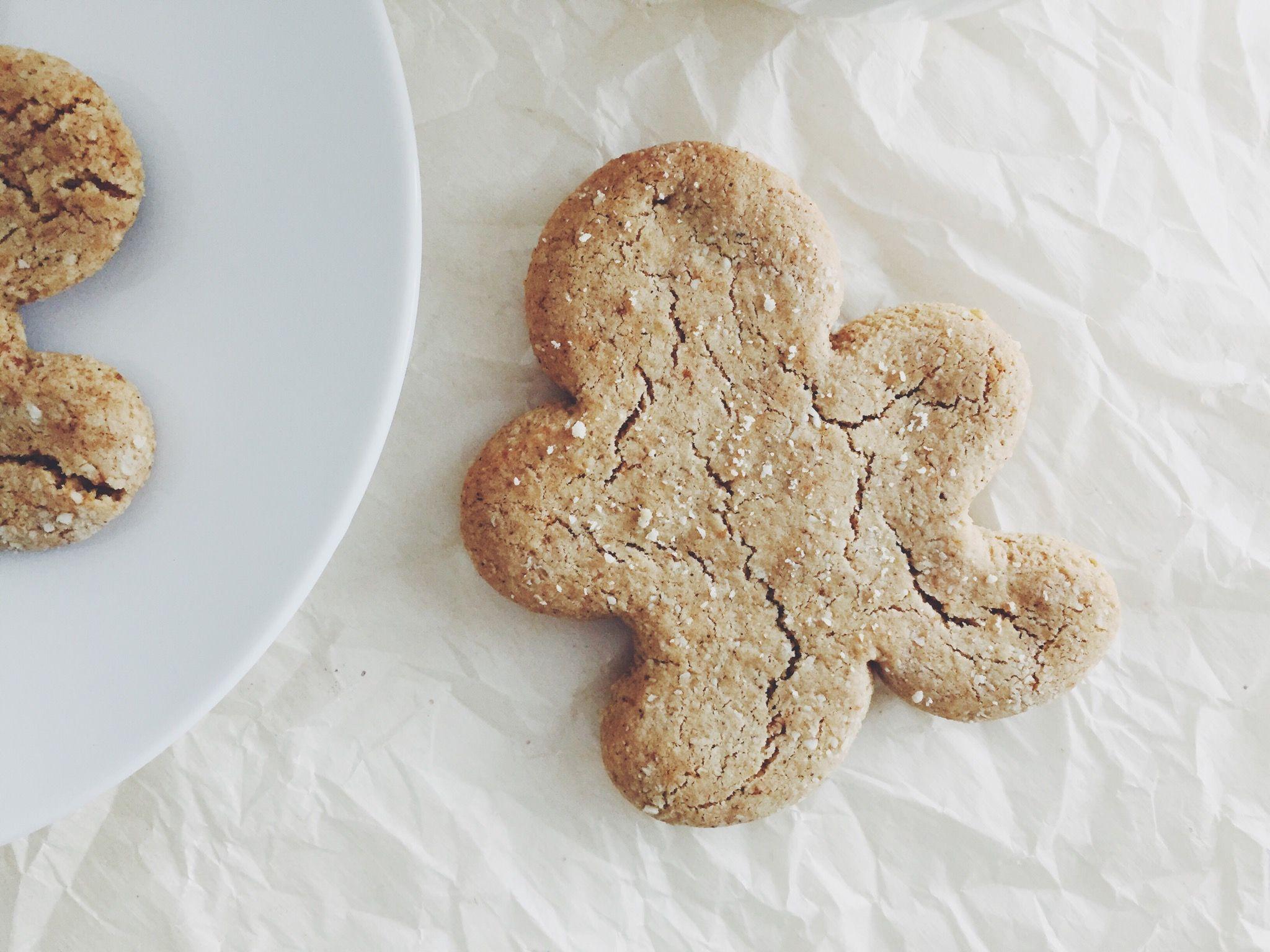 #paleo #glutenfree Gingerbread Men Cookies