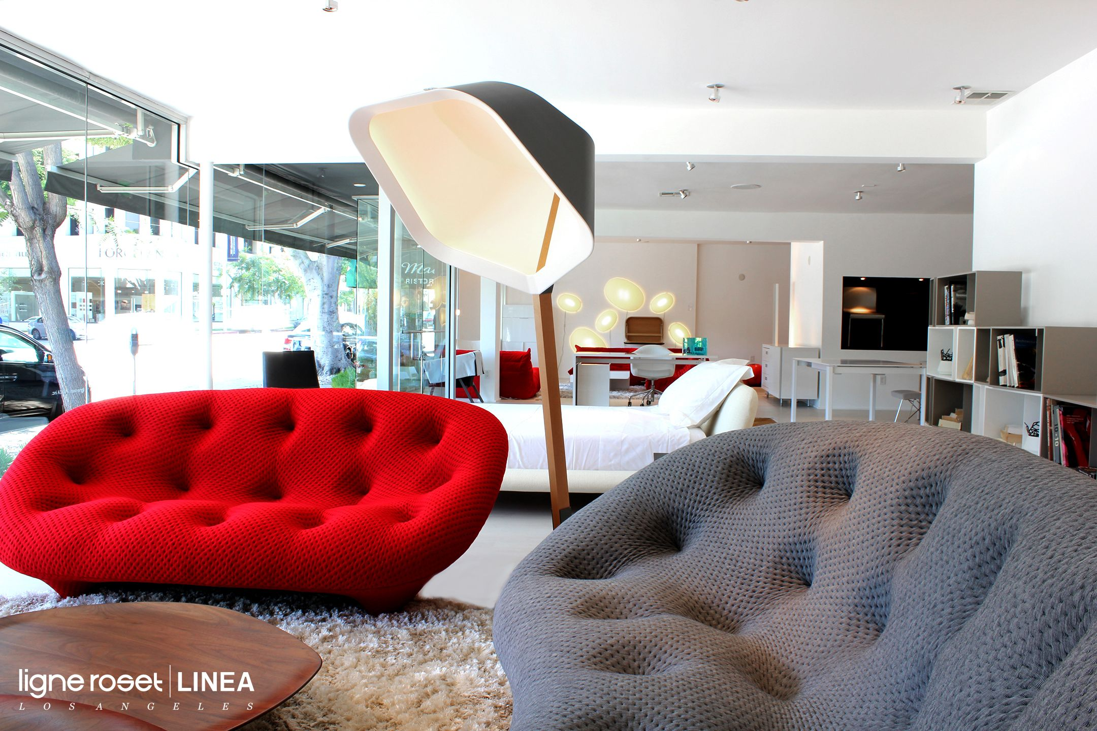 """Showroom Today - Feat. #ligneroset 's Ploum 