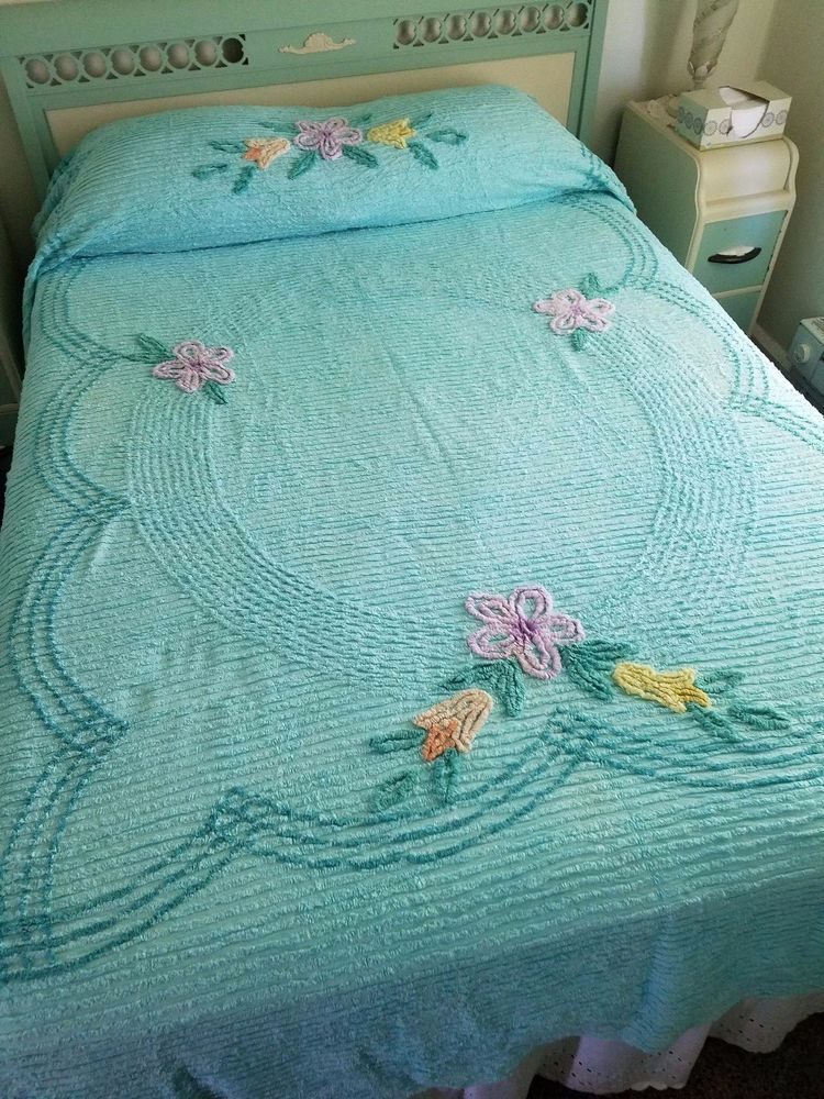 Vintage Chenille Bedspread Aqua Turquoise Teal Trim And Pastel Floral 84 X 96 Vintage Bedspread Chenille Bedspread Bed Linens Luxury