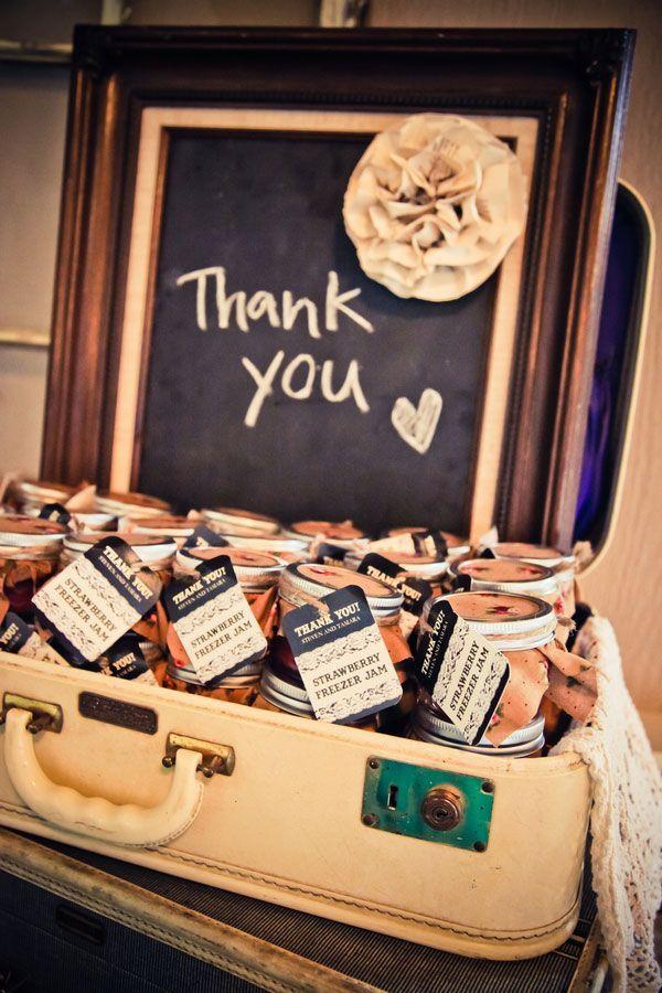 id e de cadeau d 39 invit pour changer des drag es jar jam jelly pinterest cadeau invit. Black Bedroom Furniture Sets. Home Design Ideas