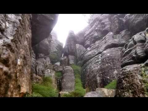 Trail du Mont Rochelle - YouTube