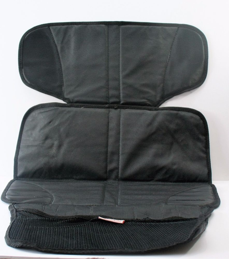 Munchkin Auto Seat Protector With Storage Pocket Black