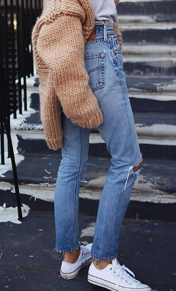 1e1db42f7260ba levis wedgie jeans + chuck taylors