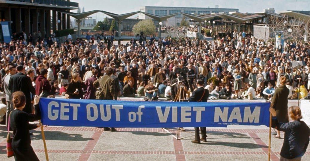 Pin By Danna Goodman On Society Vietnam War Vietnam Vietnam War Photos