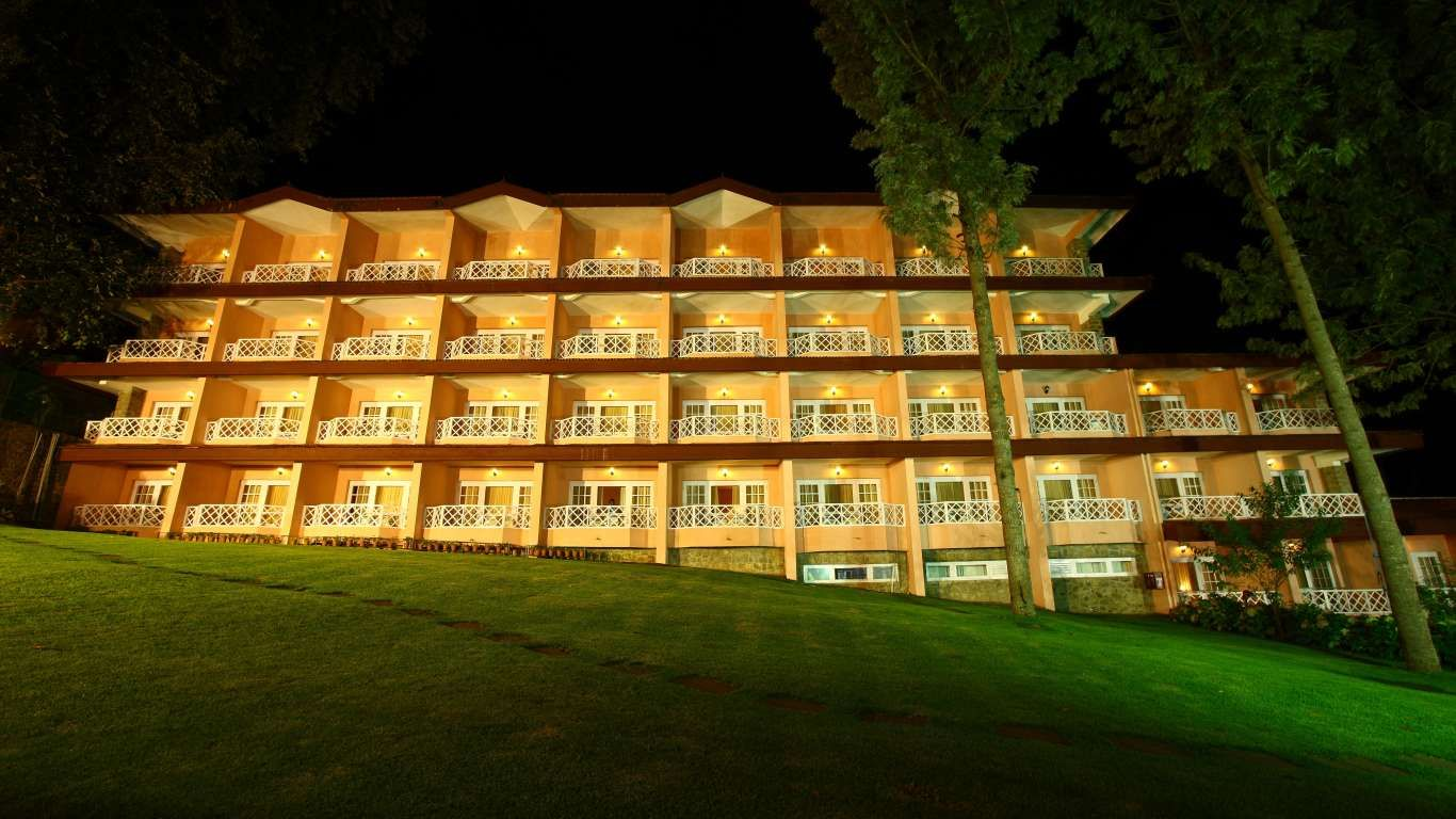 Set Beside The Picturesque Kodai Lake And Amidst Virgin Hills Of Kodaik Carlton Is Only 5 Star Hotel In