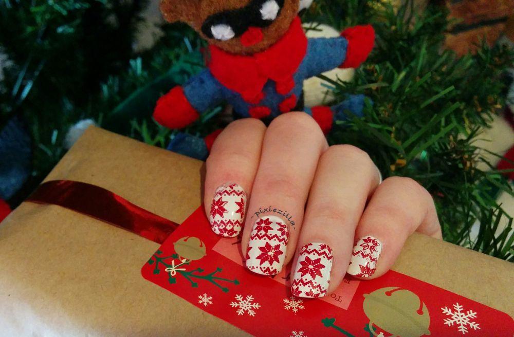 Festive nails #Christmas #Festive #nailart