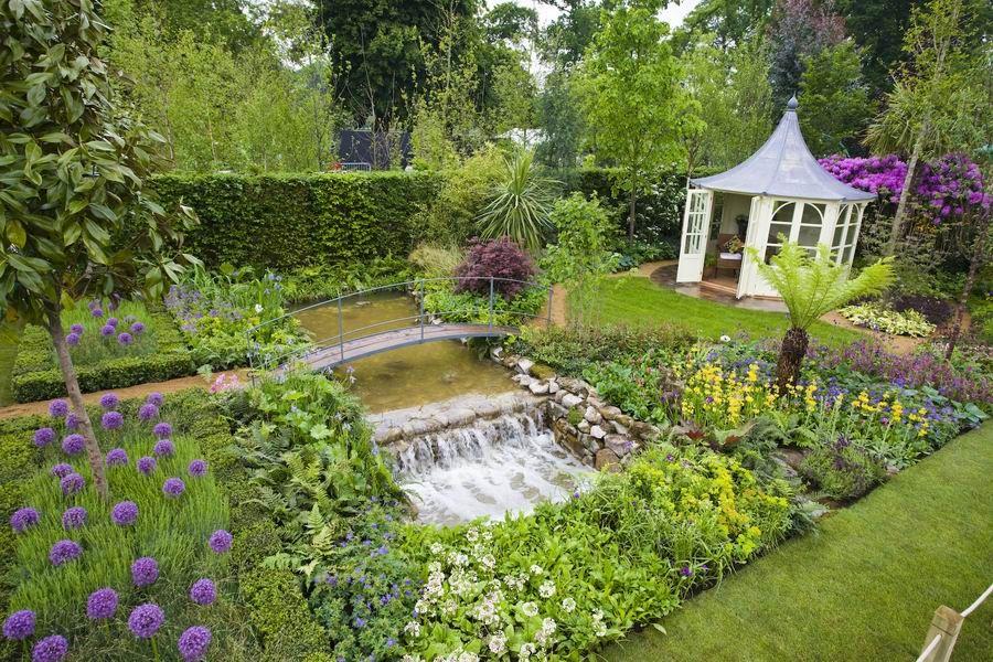 Mix Of Edibles And Ornamentals Irish Garden Designer Tim Austen Jardin Potager Bauerngarten Backyard Garden Backyard Landscaping Garden Design