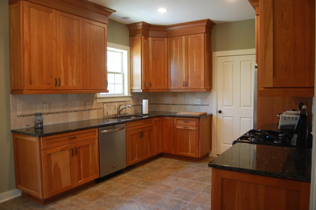 cherry kitchen cabinets. ideas de decoracion para cocinas. cherry