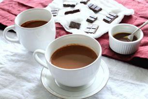 Caramel Hot Chocolate {Paleo & Vegan}